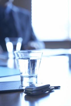 vattenglas blåstick